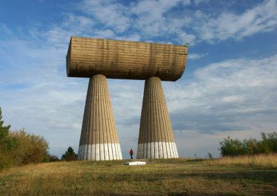 Kosowo - Mitrowica, pomnik górników
