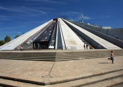 Albania  - Tirana, piramida